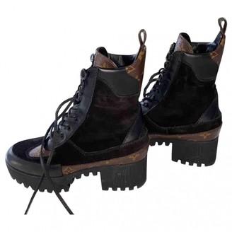 Louis Vuitton Laureate Black Leather Ankle boots