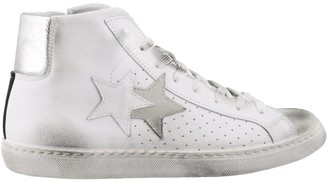 2Star Distressed High Top Sneakers