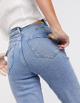 Stradivarius mom jean with stretch in washed blue