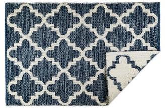 Charlton Homeâ® Catanzaro Lattice Handmade Dhurrie Cotton Blue/White Area Rug Charlton HomeA