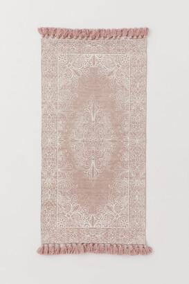 H&M Tasseled Cotton Rug