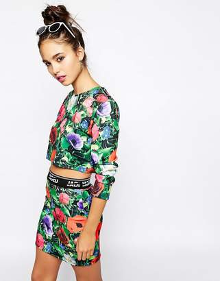 Jaded London Long Sleeve Cropped T-Shirt With All Over Floral Garden Print Co-Ord-Green