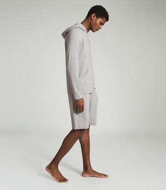 Reiss Hunt - Jersey Shorts in Soft Grey