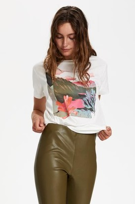 Soaked in Luxury - Corin Abstract T Shirt - XL