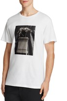 Public School Kissen Monument Graphic Tee