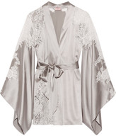 Agent Provocateur Nayeli Leavers Lace-paneled Silk-blend Satin Robe - Silver