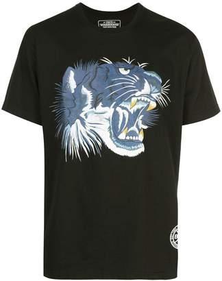 Neighborhood lion graphic print T-shirt