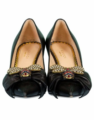 Gucci Leather Crystal Bee Pump