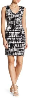 Tart Akita V-Neck Knit Dress