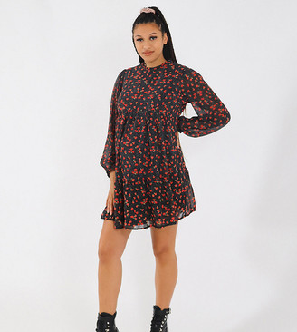 Missguided Maternity smock dress with keyhole back in black floral