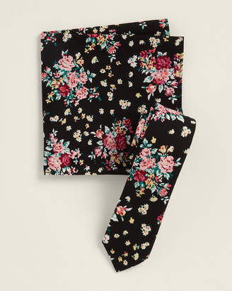 Original Penguin Two-Piece Alby Floral Black Pattern Tie & Pocket Square Set