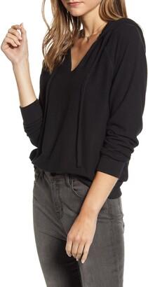 Treasure & Bond Cozy V-Neck Hooded Sweatshirt