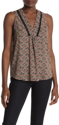 Eclair Sleeveless Floral Top