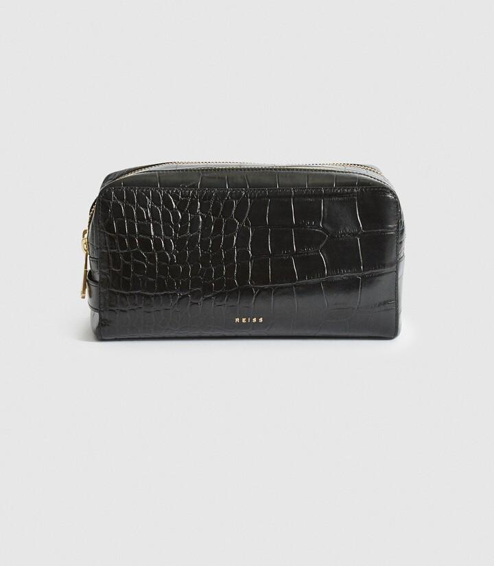 Reiss Ethan - Leather Croc Patterned Washbag in Black