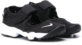 Nike Kids Air Rift mesh sneakers