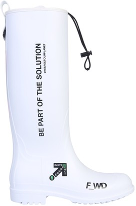 Forward Rubber Boot