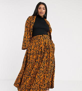 Verona Curve maxi skirt in abstract print-Orange
