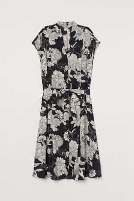 H&M Tie-belt Satin Dress - Black