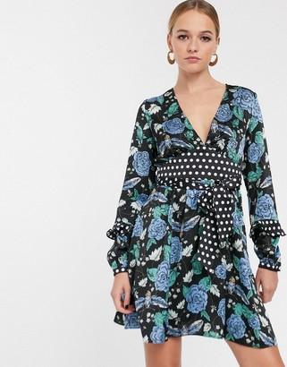 Glamorous tea dress with tie waist in floral spot print mix-Black