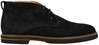 Tod's Chukka Boots Lace-up Chukka Boots In Suede With Rubber Bottom