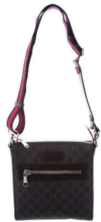 cf945be047 GG Supreme Small Messenger Bag black GG Supreme Small Messenger Bag