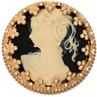 Ports 1961 Cameo round brooch