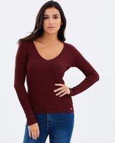 GUESS LS V-Neck Pullover