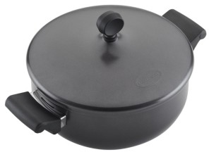 Farberware 4-Qt. covered casserole