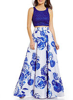 Sequin Hearts Solid Open-Back Lace Top to Floral Two-Piece Long Dress