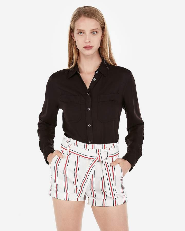 Size Small Never Worn Black Dressy Shorts With Tie Waist And Pockets