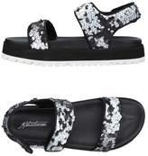 Fifth Avenue Shoe Repair Sandals