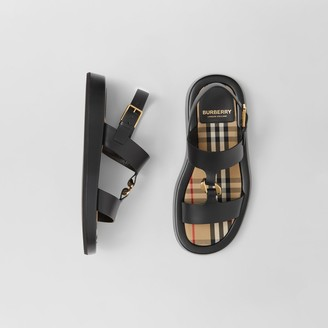 Burberry Chain-link Detail Leather Sandals