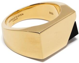 CAPSULE ELEVEN Jewel Beneath signet ring