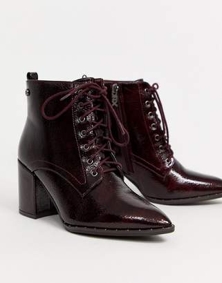 Xti heeled lace up ankle boots in burgundy
