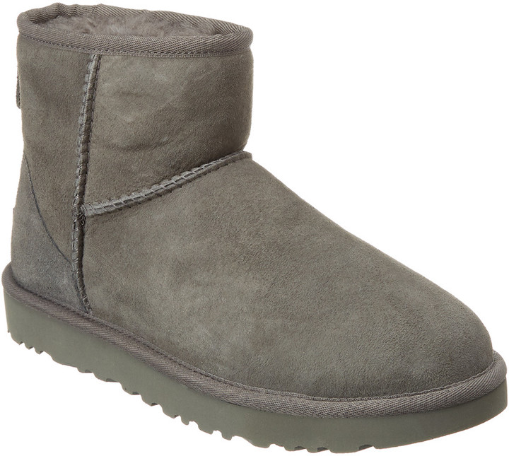 1487962e15a Women's Classic Mini Ii Water Resistant Suede Boot