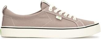 Cariuma OCA Low Stripe Mystic Grey Canvas Sneaker