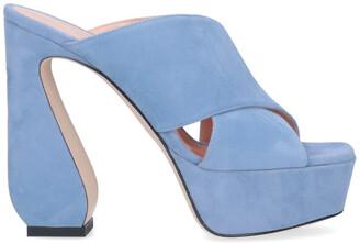 Si Rossi Crossover Platform Sandals