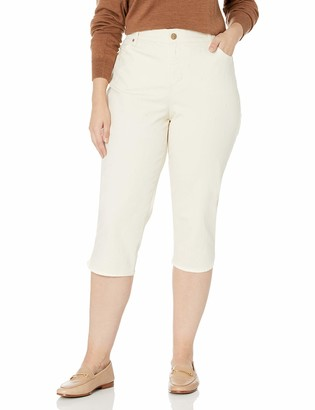 Bandolino Women's Petite Mandie 5 Pocket High Rise Capri