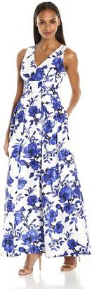 Sangria Women's Sleeveless V-Neck Gown