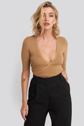NA-KD Ribbed Short Sleeve Overlap Sweater