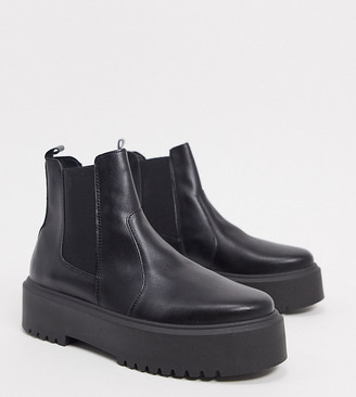 ASOS DESIGN Wide Fit Aberdeen chunky chelsea boots in black