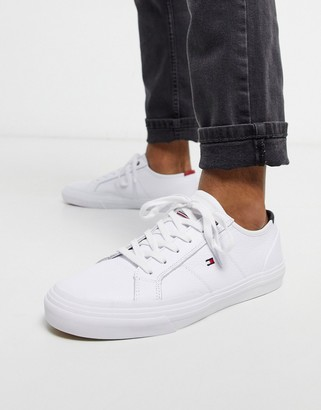 Tommy Hilfiger core corporate flag sneaker in white