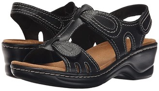 Clarks Lexi Walnut Q (Black) Women's Sandals