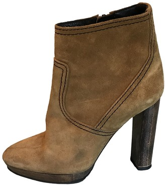 Burberry Camel Suede Ankle boots