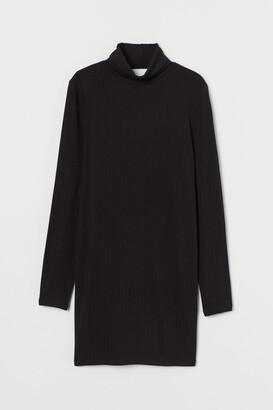 H&M Ribbed Turtleneck Dress - Black