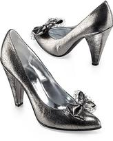 Marc by Marc Jacobs Metallic Bow Pump