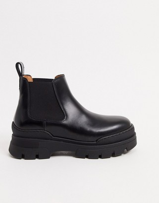 And other stories & leather pull on short chunky sole flat boots in black