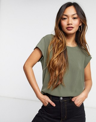 Only short sleeve woven top in olive green
