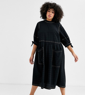 Asos DESIGN Curve textured midi smock dress with tie sleeves-Black