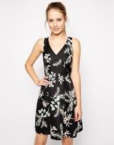 Oasis Trailing Flower Jacquard Skater Dress